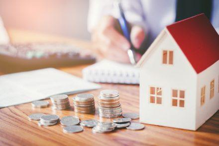 Цены на строительство в 2019: сколько стоит построить частный дом