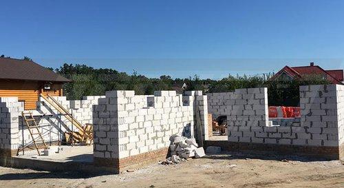 Строительство домов из газобетона — что нужно знать