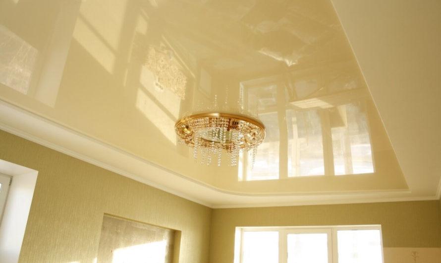 Какой натяжной потолок лучше – матовый или глянцевый?