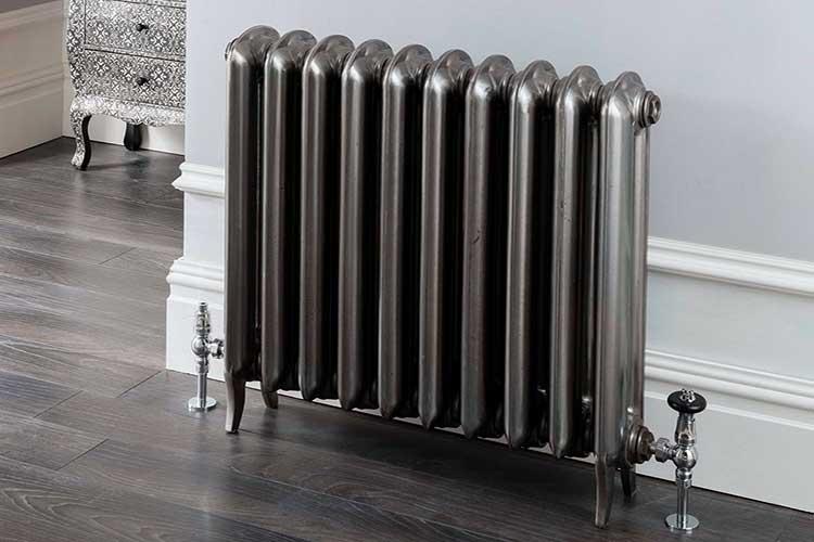 Как установить радиаторы отопления?