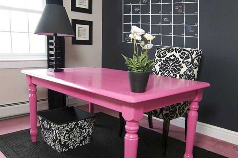 Как окрасить столы домашнего офиса?
