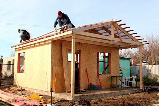 В чем отличия между каркасными и каркасно-панельными домами?