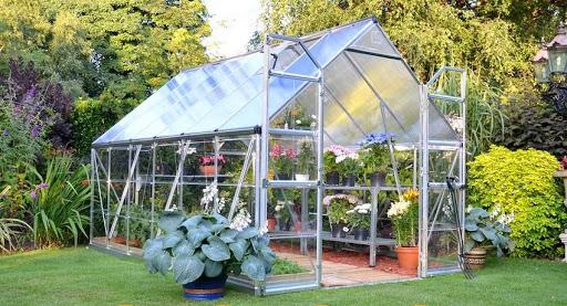Как построить прочную теплицу для Вашего сада?