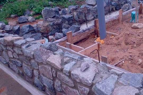 Как соорудить бутовый фундамент для дачного дома?