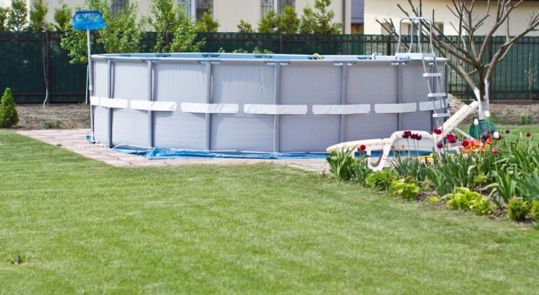 Какой каркасный бассейн лучше выбрать: 4 важных критерия